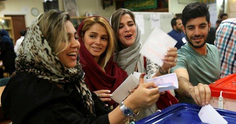 İran seçimlerinde Ruhani galip geldi