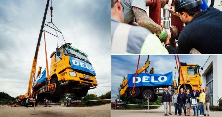 Dünyanın en güçlü yapıştırıcısı: 17,2 tonluk kamyonu havada tuttu