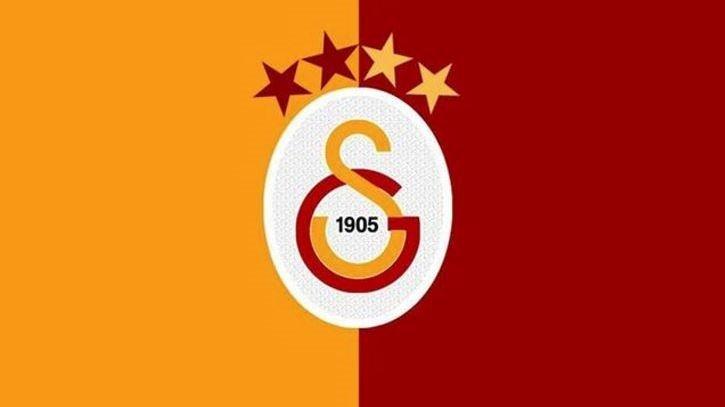Galatasaray'dan son dakika flaş transfer haberi: Yıldız oyuncunun menajeri İstanbul'a geliyor!