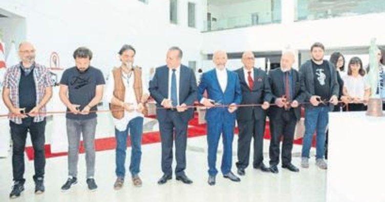 10. Akademiada Heykel Sergisi'ni Ataoğlu açtı