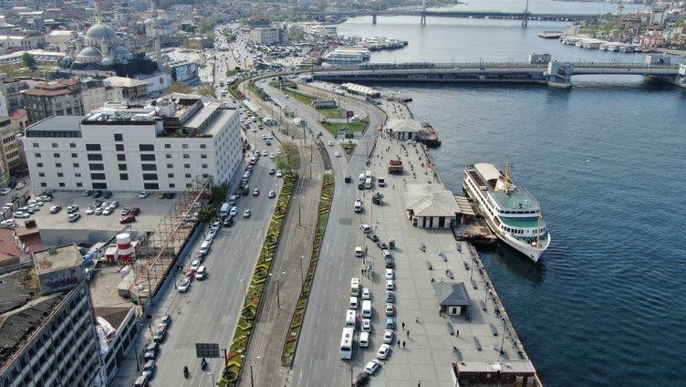 Eminönü ve Karaköy'deki yoğunluk havadan görüntülendi