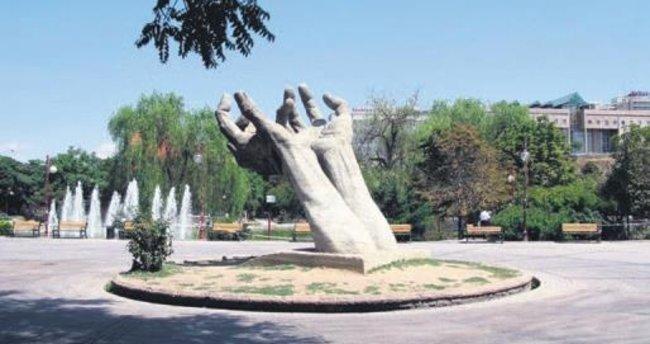 Abdi İpekçi'ye Valilik yasağı