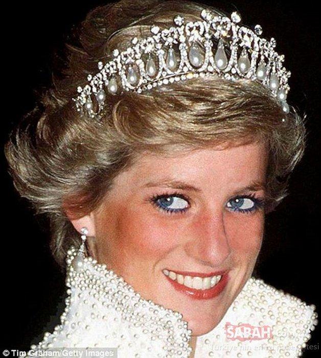 Kraliyet Ailesi'nin göz alıcı taçlarının değeri dudak uçuklatıyor! İşte Kraliyet Ailesi mücevherleri