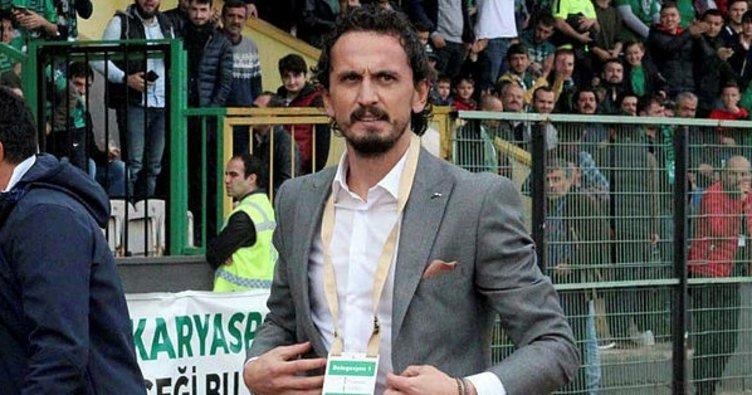 Fenerbahçe'nin eski yıldızı Tuncay Şanlı'dan anlamlı hareket
