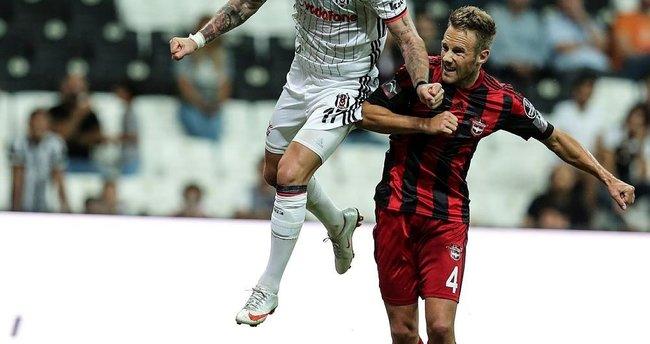 Van Hintum, Bursaspor'u gözüne kestirdi