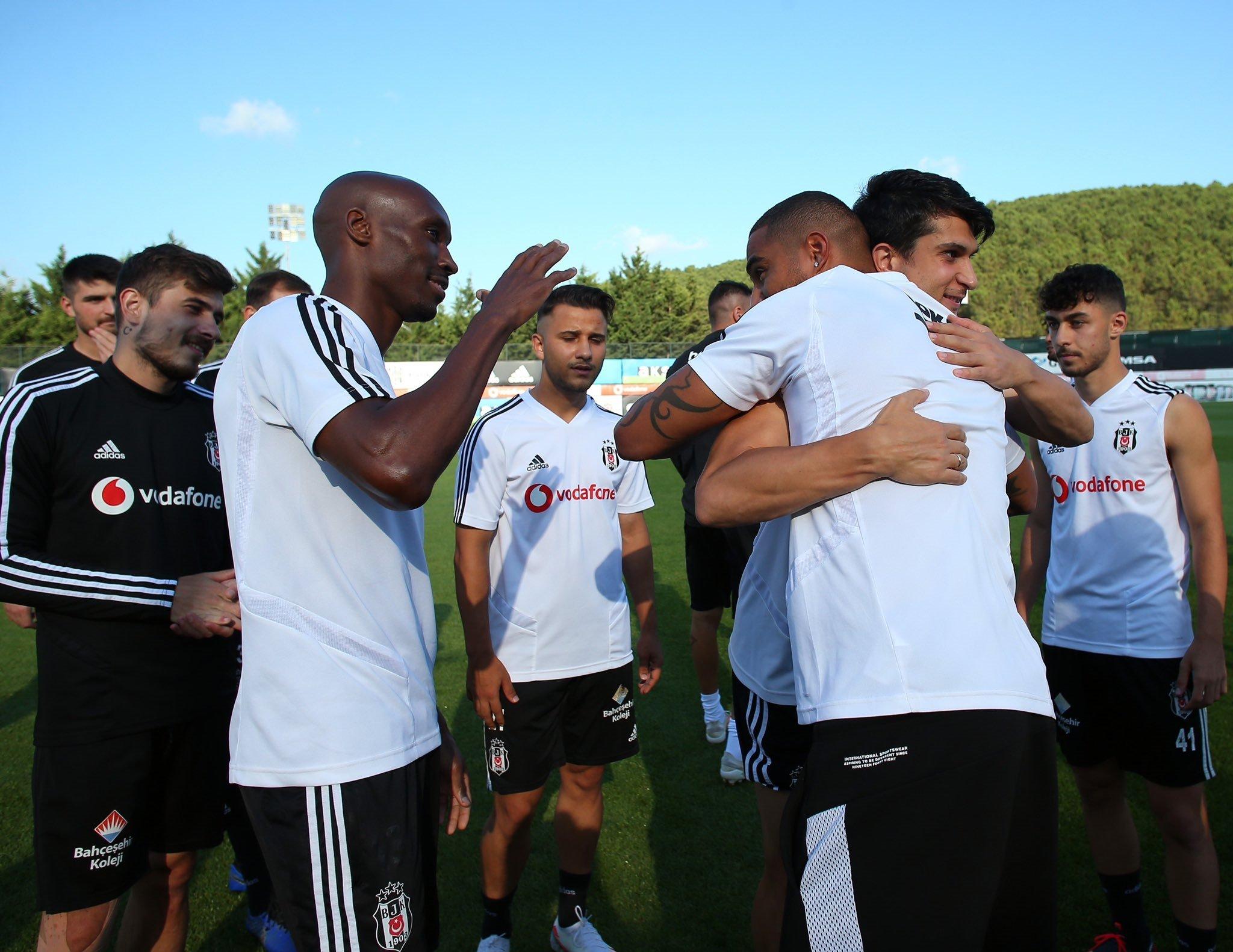 besiktasta kevin prince boateng besiktasa veda etti 1595523970196 - Son dakika: Beşiktaş'ta Kevin-Prince Boateng takımdan ayrıldı