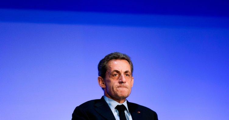 Yolsuzluk ve suç örgütü kurmakla suçlanan Sarkozy'nin davası ertelendi