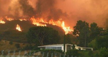 Los Angeles tarihindeki en büyük yangın!