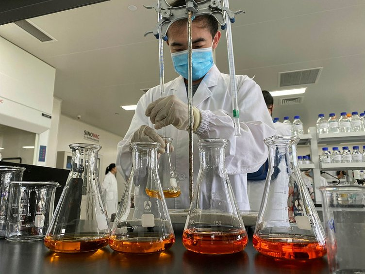 Coronavirüs aşısı ile ilgili son dakika açıklama! Çinli şirket o tarihi işaret etti