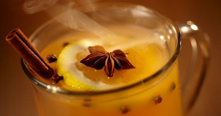 Tatlı krizine tarçın, karanfil ve limon üçlüsü