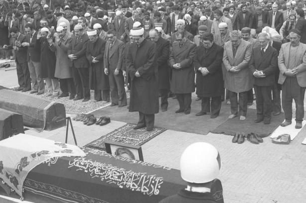 Özal'ın 23. Ölüm yıldönümünde özel fotoğrafları