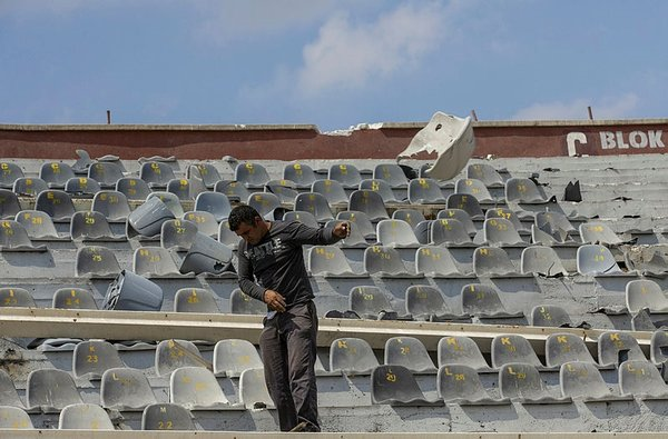 Ankara 19 Mayıs Stadı'nın yıkım işlemi sürüyor