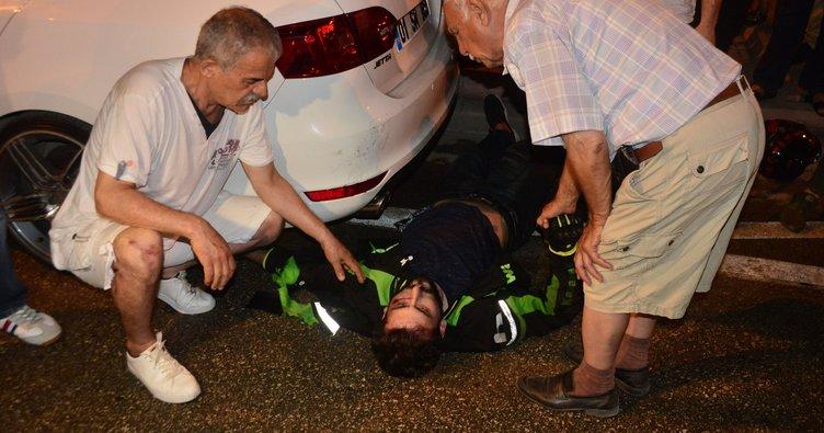 Motosiklet, hafif ticari araca çarptı: 1 ölü, 1 yaralı