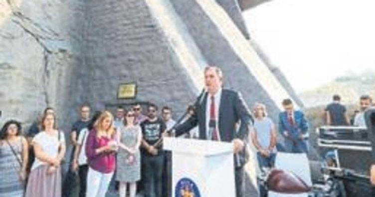 Atatürk Maskı eğitime açıldı