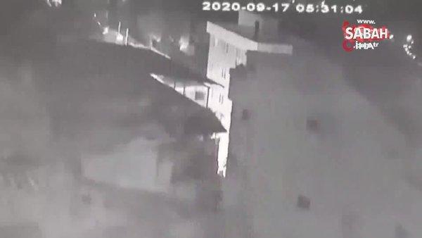 İzmir'de tüp bomba gibi patladı: 2 kişi yaralandı, araçlar hasar gördü | Video