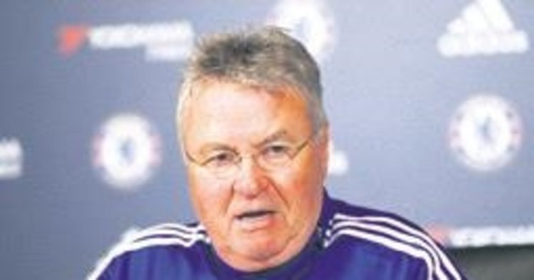Hiddink'in yeni adresi Çin U21!