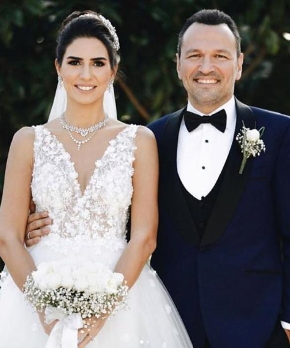 Ali Sunal ile Nazlı Kurbanzade evlendi
