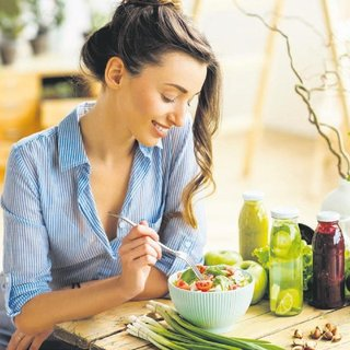 Sağlıksız beslenme kadınları tehdit ediyor