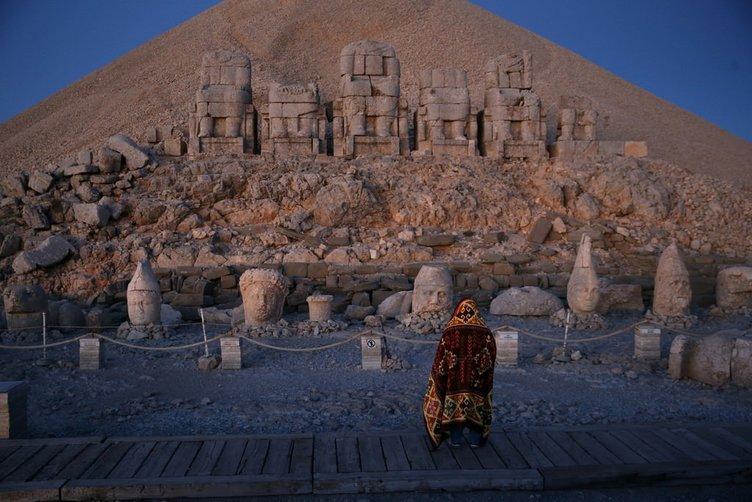 Nemrut ziyretçilerini bekliyor