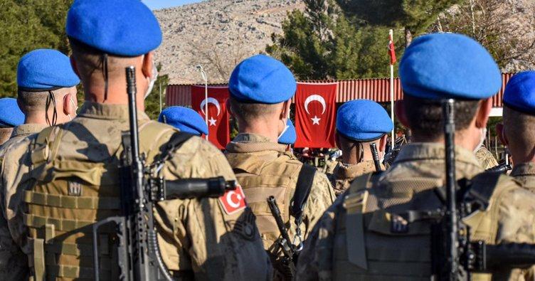 Son dakika: Komandolar Suriye'ye dualarla uğurlandı