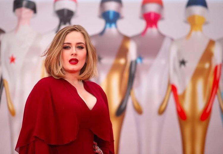 Adele'den kötü haber