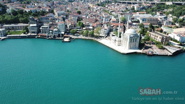 İstanbul boğazı turkuaza bürünmüştü! İşte sebebi...
