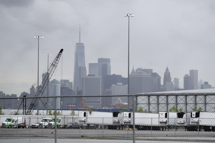 ABD'den ürküten görüntüler! Felaket morgları New York'ta...