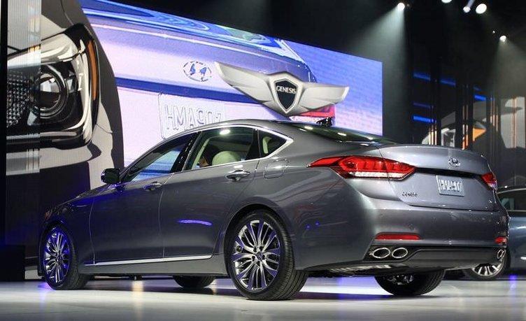 Yeni Hyundai Genesis Detroit'te görücüye çıktı