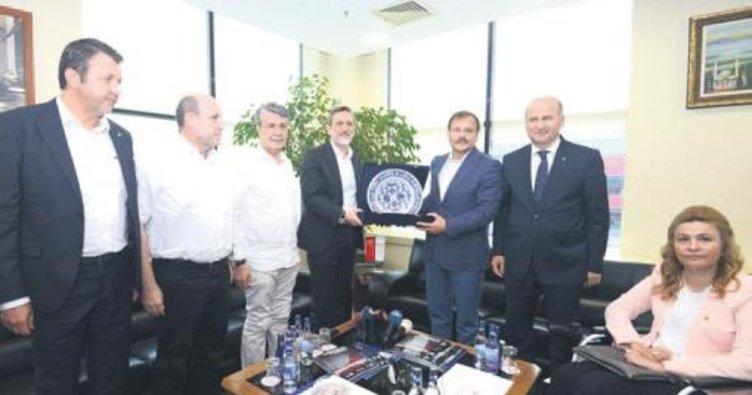 Çavuşoğlu'ndan BTSO'nun projelerine büyük övgü