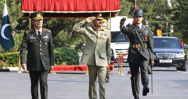 Pakistan Genelkurmay Başkanı Orgeneral Reşhad TBMM'de
