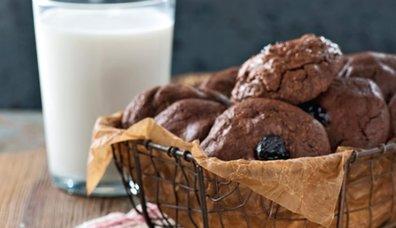 Vişneli çikolatalı kurabiye tarifi