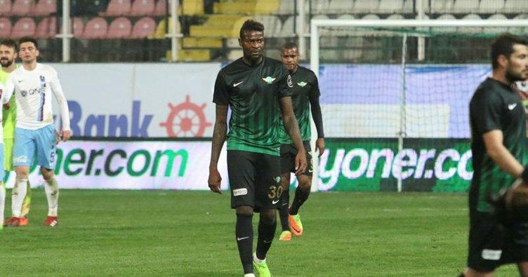 Akhisar, Bokila'yı Cluj'a kiraladı