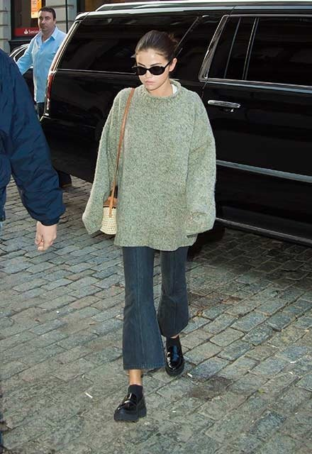 Selena Gomez, sokak stiliyle hayran bıraktı!