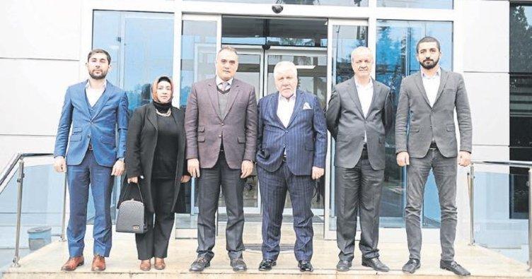 AK Parti Çukurova İlçe Teşkilatı'ndan ziyaret