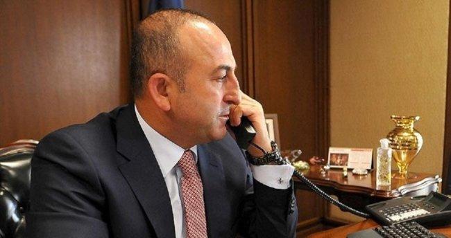 Bakan Çavuşoğlu, İngiliz mevkidaşıyla telefonda görüştü