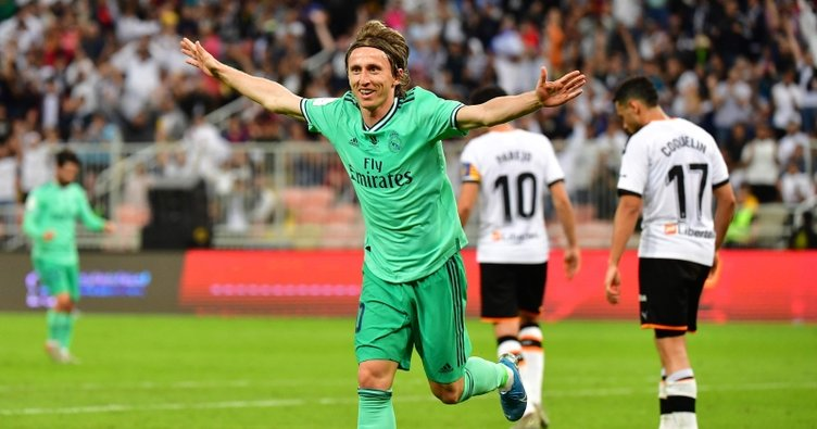 Real Madrid, Valencia'yı geçti; Süper Kupa'da finale yükseldi
