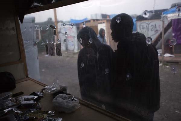 Jungle sığınmacı kampının tahliyesinde skandal