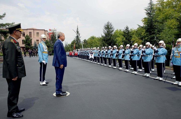 Başkomutan Karagah'ta