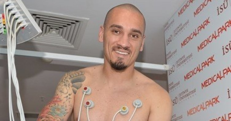 Galatasaray Maicon'un maliyetini açıkladı