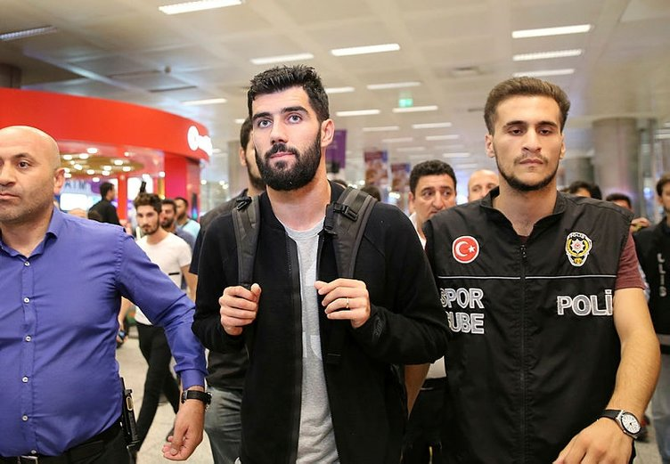 Luis Neto, İstanbul'da