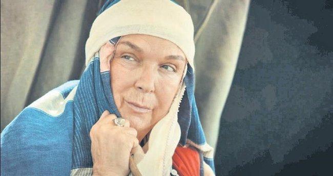 50'nci sanat yılında 'Kadın Kahramanlar'da