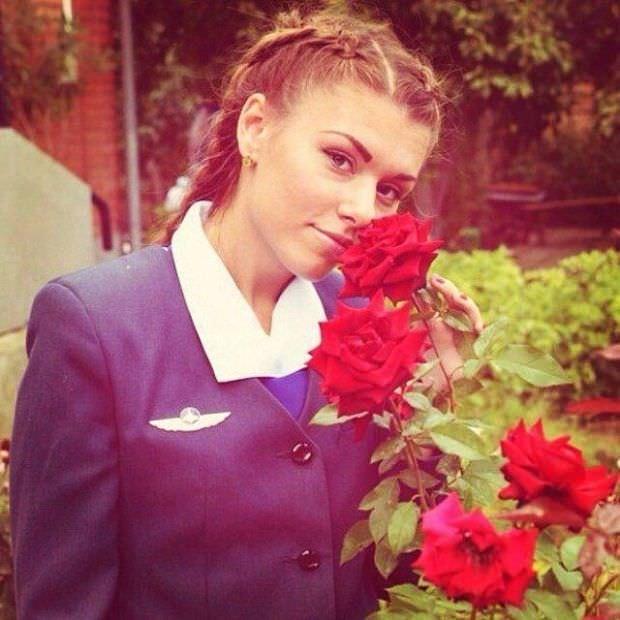 Rus hostesler sosyal medyayı sallıyor!