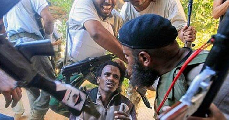 Libya'daki savaş suçları belgeleri UCM'ye sunuldu