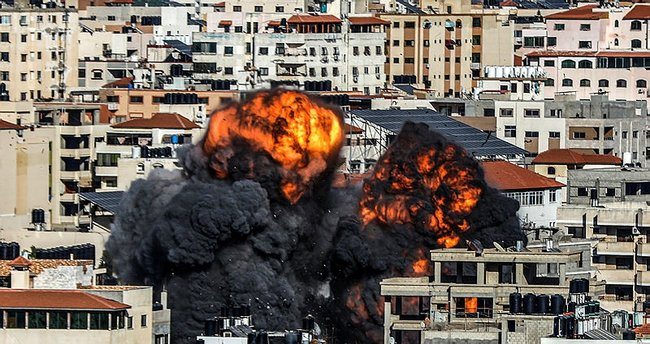 Son Dakika Haberi... İsrail, Filistin İçişleri Bakanlığı binasını vurdu