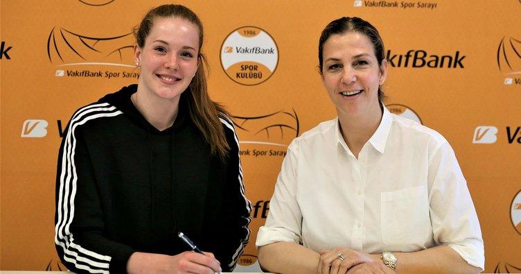 İsveç kraliçesi Haak VakıfBank'ta