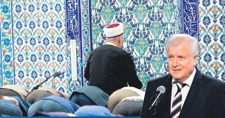 İslam'a saldırı barışa tehdit