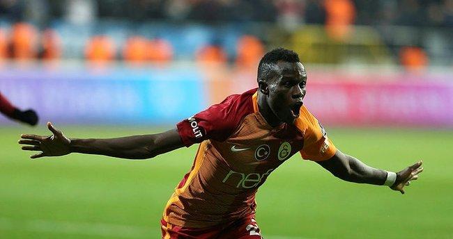 Fatih Terim'in gözdesi Galatasaray'a dönüyor!