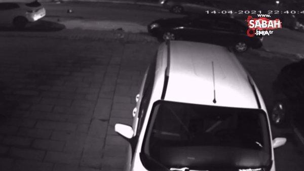 Kaza yapınca aracı bırakıp böyle kaçtılar | Video