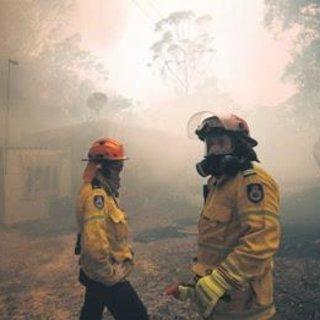Alevler Sydney'e doğru ilerliyor