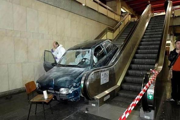 Film seti gibi! İşte birbirinden ilginç trafik kazaları